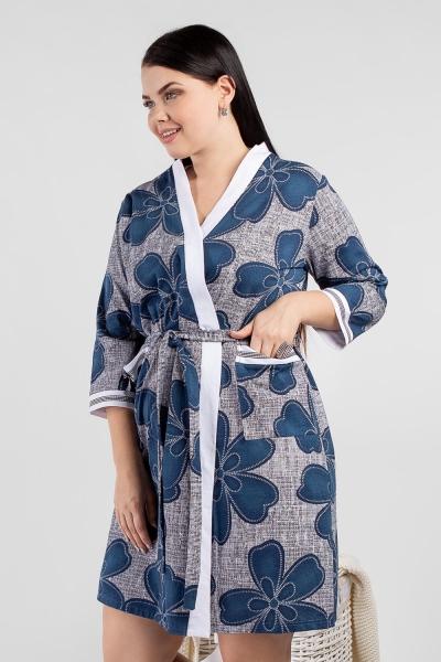 Халат женский укороченный, на «запах», с разрезами в боковых швах.